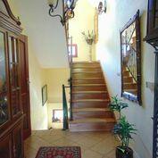 Znížená cena! Na predaj luxusný Rodinný dom vo Vysokých Tatrách, 165m2 + pozemok 30000m2