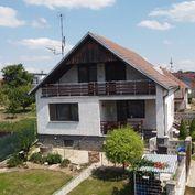 Veľký rodinný dom s výbornou polohou v tichej časti Bučian