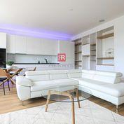 HERRYS - Na prenájom exkluzívny kompletne zariadený 3 izbový byt s krásnym výhľadom na nábreží Dunaj