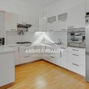 Na predaj 2-izbový byt, terasa, zimná záhrada, Dunajská Lužná