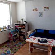 Útulný 3-izbový byt so špajzou aj pivnicou