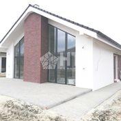 3. etapa predaja spustená: 5 IZBOVÝ TEHLOVÝ BUNGALOV- ÚP 119 m2, POZEMOK 574 m2, Chorvátsky Grob- IB