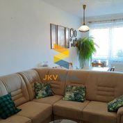 JKV REAL | Ponúkame na predaj 3,5 i byt na sídlisku Sever