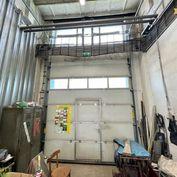 Prenájom - dielňa, sklad 65 m2 v priemyselnej zóne v Žiline