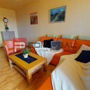 Na predaj veľký 3izbový byt s dvoma loggiami v Bratislave - Petržalke