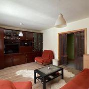 Zariadený 3 izbový byt s loggiou na ul.Čajkovského - sídl.Prednádražie.