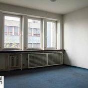 Kancelária - Kopčianska - 31,5 m2 - 5. poschodie