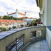 HERRYS - Na predaj 4.izbový byt s 2 balkónmi v kompletne renovovanom tehlovom dome na Palisádach