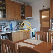 Pekný 3 izbový byt -výborná poloha a dispozícia