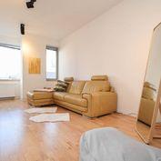 2-izbový byt s veľkou terasou na Vlčkovej ulici v Starom meste