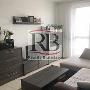 Na prenájom 1,5 izbový byt na Bosákovej ulici v Petržalke
