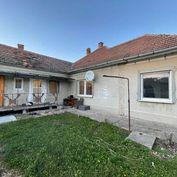 Ponúkame na predaj 4 izbový rodinný dom v obci Horná Potôň s pozemkom 761m2.