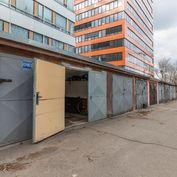 NA NIVÁCH - komfortná garáž v lokalite 500 bytov