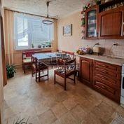 REZERVOVANÉ Na predaj 3 izbový byt, 68 m2, posch.. 4/8, Ružínska ul.na sídlisku Terasa