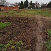 Zlaté Moravce, stavebný pozemok 683 m2