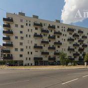 Veľký 4i byt - Podunajská ul. (s gar. státím)