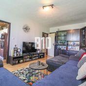 Rezervované - Veľký 3 izbový byt- 84m2 s loggiou, špajzou a s výhľadom na Nitru