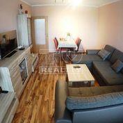 EXKLUZÍVNE -2 izb.ZREKONšTRUOVANÝ svetlý byt,prerobený na 3.izbový,s loggiou,64 m2.