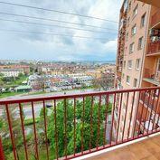 EXKLUZÍVNE - 1-izbový byt s loggiou v centre mesta, Južná trieda
