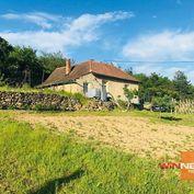 Predaj rodinného domu, pôvodný stav, veľký pozemok 4859 m2, Svätý Jur