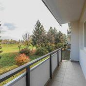 3i byt na Vážskej ulici v Piešťanoch s výhľadom na Váh