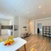 Pekný 3. izb. byt po kompletnej rekonštrukcii so zariadením na mieru - odporúčame!