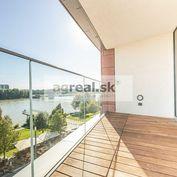 2-izbový byt s výhľadom na Dunaj, Eurovea, Pribinova ul., pivnica, možnosť parkingu