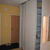 Prenájom veľmi pekného a priestranného bytu na sídlisku Sever v Prievidzi