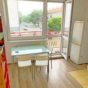 PREDAJ - 1- izbový byt na Budovateľskej ulici v Stupave