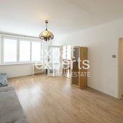 Svetlý, čiastočne zariadený 3i byt, 60m2, 2x balkón, super lokalita