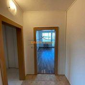 Prenájom, 3 izbový byt, Laca Novomeského