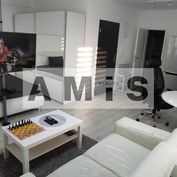 EXKLUZÍVNA PONUKA -Prenájom novozariadeného 1,5 izbového bytu v novostavbe v blízkosti centra s cent