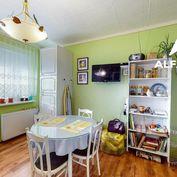 Interaktívna obhliadka - ponúkame na predaj priestranný 1 izbový byt s loggiou v meste Partizánske