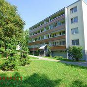 4 izbový byt s ladžiou s výhľadom do zelene