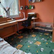 Predáme 3,5 izbový zrekonstruovaný byt v Šali v meste
