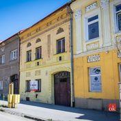 EXKLUZÍVNE Na predaj meštiansky dom v  centre Prešova