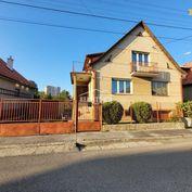 Rodinný dom s pozemkom 950m2 Trenčín - Sihoť