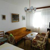 Dúbravka - priestranný dvojizbový byt, ihneď voľný