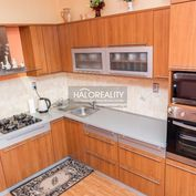 HALO reality - Predaj, štvorizbový byt Banská Bystrica, Sásová, na ulici Javornícka