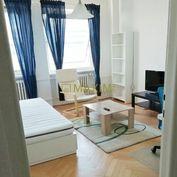 Priestranný, zariadený 1- izbový byt na Páričkovej ulici