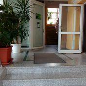 NA PRENÁJOM: Kancelária na Hospodárskej ulici v Trnave