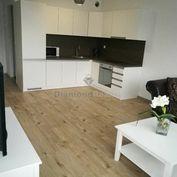 Na prenájom 2 izbový byt v Trnave, nová lokalita Arboria, 580 EUR