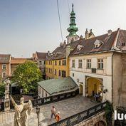 Na predaj krásny 2i byt v historickom centre Bratislavy s výhľadom na Michalskú bránu