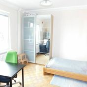 3,5 - izbový praktický byt s balkónom na Riazanskej ul. s možnosťou garáže - volajte 0917 346296