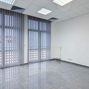 Lukratívne kancelárske priestory - 100 m2 v centre Trenčína - Rozmarínova ul. + 2 parkovacie miesta