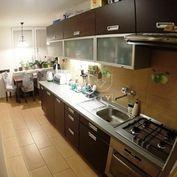 Perfektný, zariadený 3.izb.byt(70m2)po kompletnej rekonštrukcii, priamo v centre Malacky
