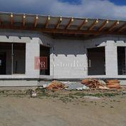 EXKLUZÍVNE: 4-izbový RD s 30m2 terasou a 683 m2 pozemkom, Bitarová, ZA