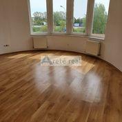 Areté real - Predaj priestranného, veľmi pekného 2-izbového bytu v nadštandardnom bytovom dome, BA-V