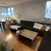 REZERVOVANÉ - Nadštandardný 3.izb.byt s rohovým balkónom a parkovacím miestom, 81 m2 - Hliny 8 , Žil