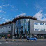 PRENÁJOM obchodné priestory 110 m2 centrum Prievidza